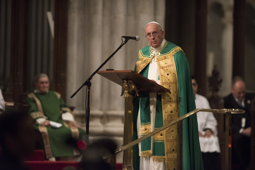 Pope at pulpit St Pats Bruno